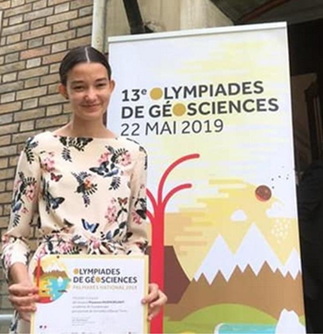 Maïwenn à la société géologique de France