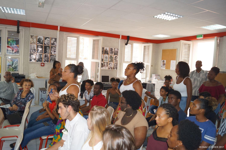 Acadmie de la Guadeloupe Livres, revues EPS collge & lyce, cd-rom, articles EPS Annuaire email DES anciens eleves ET professeurs DU lycee